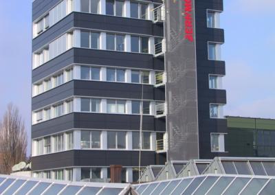 Bernmobil_Hochhaus_Fassade